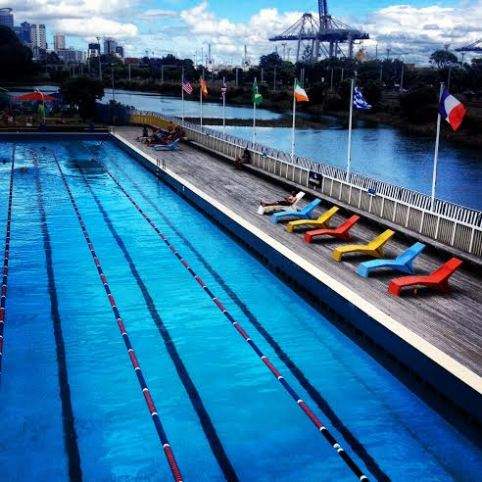 Aucklans swimming