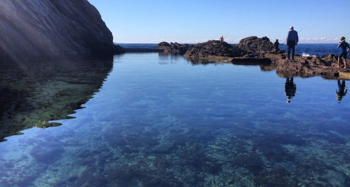 I 39 d swim that the everyday guide to the perfect piscine for Big blue piscine